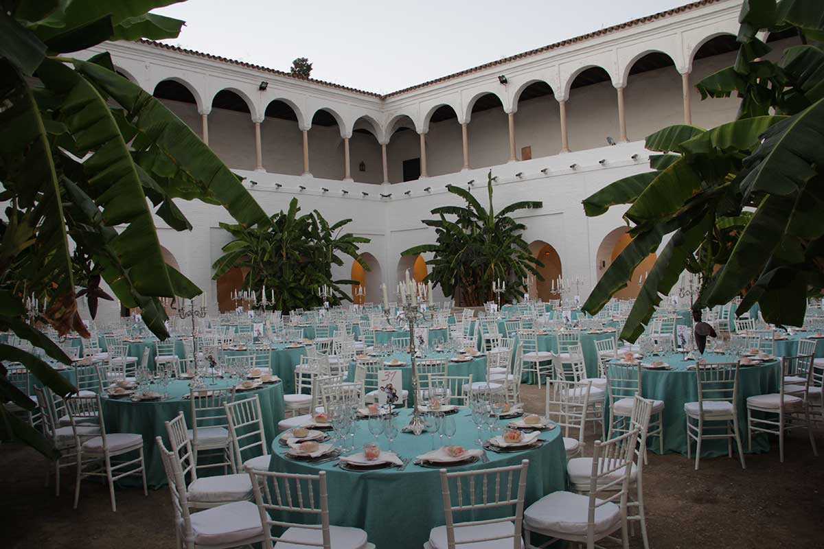claustro-patio-santa-clara