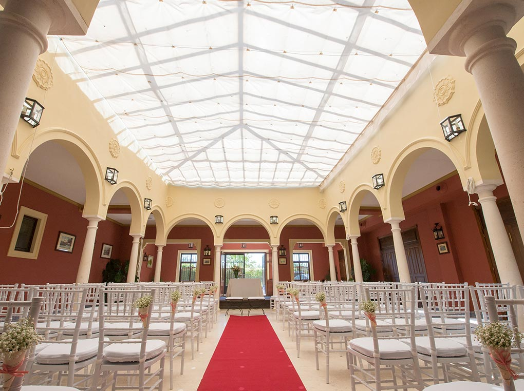 hacienda-mejina-boda-en-sevilla-salon-barra-libre